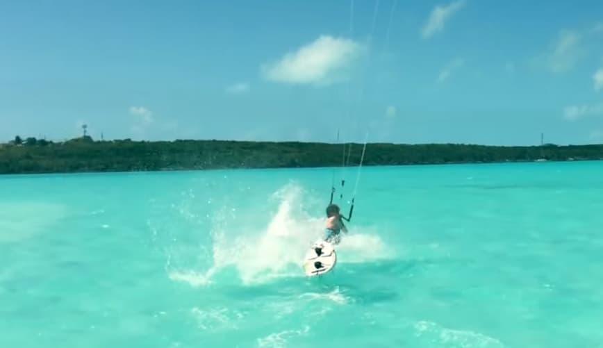 hydrofoil peligrosa caída  por delante