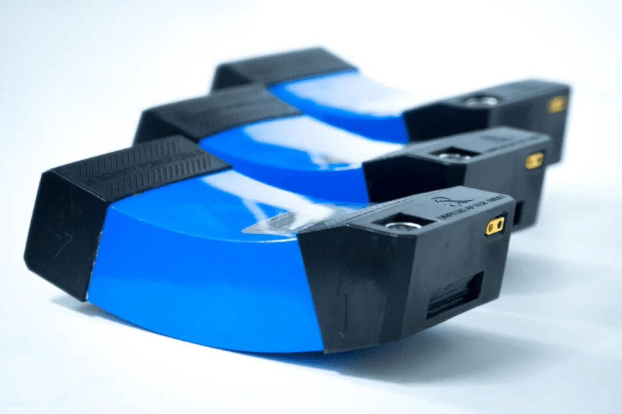 batería hydrofoil eléctrico, marca Cabratec
