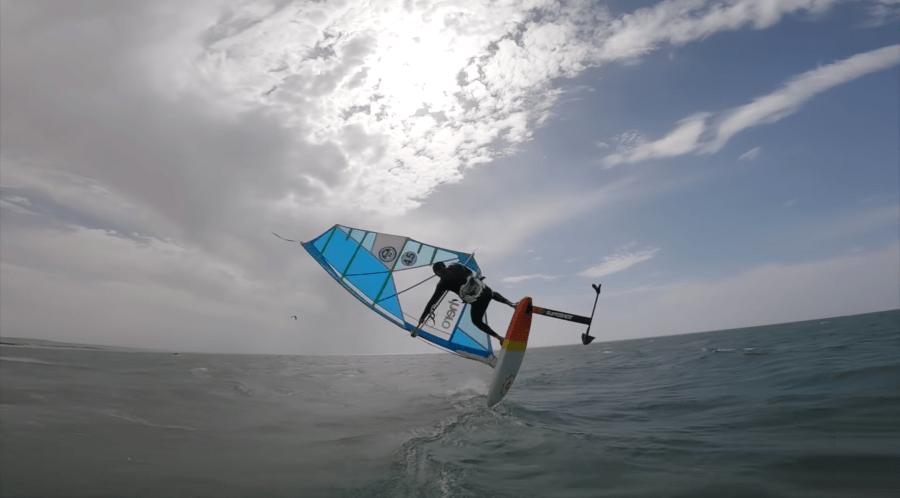 windfoil freestyle, rider sam light